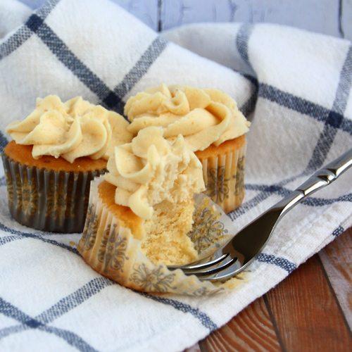 Lemon & Lucuma Cupcakes