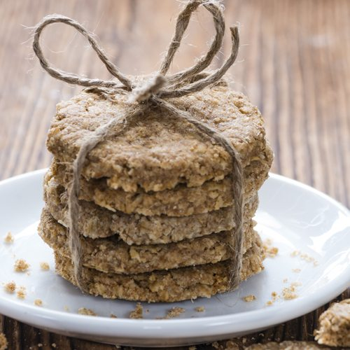 Vanilla & Lucuma Oat Cookies