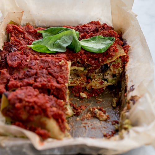 Lentil lasagne with basil & garlic cashew cheese