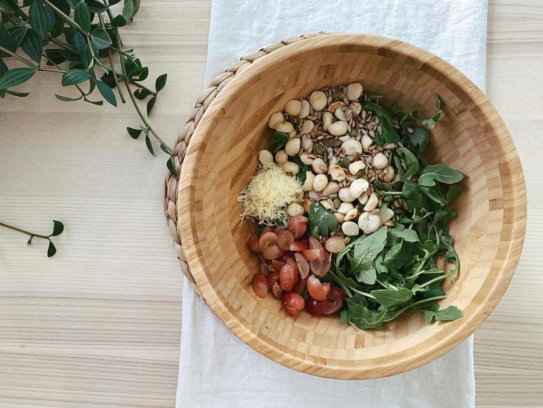 Macadamia Nut Salad mix