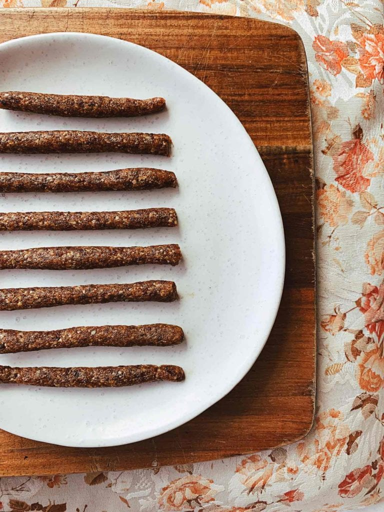 apricot seed straws roll