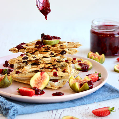 Choc-Chip Waffles with fresh Figs & Berry Compote