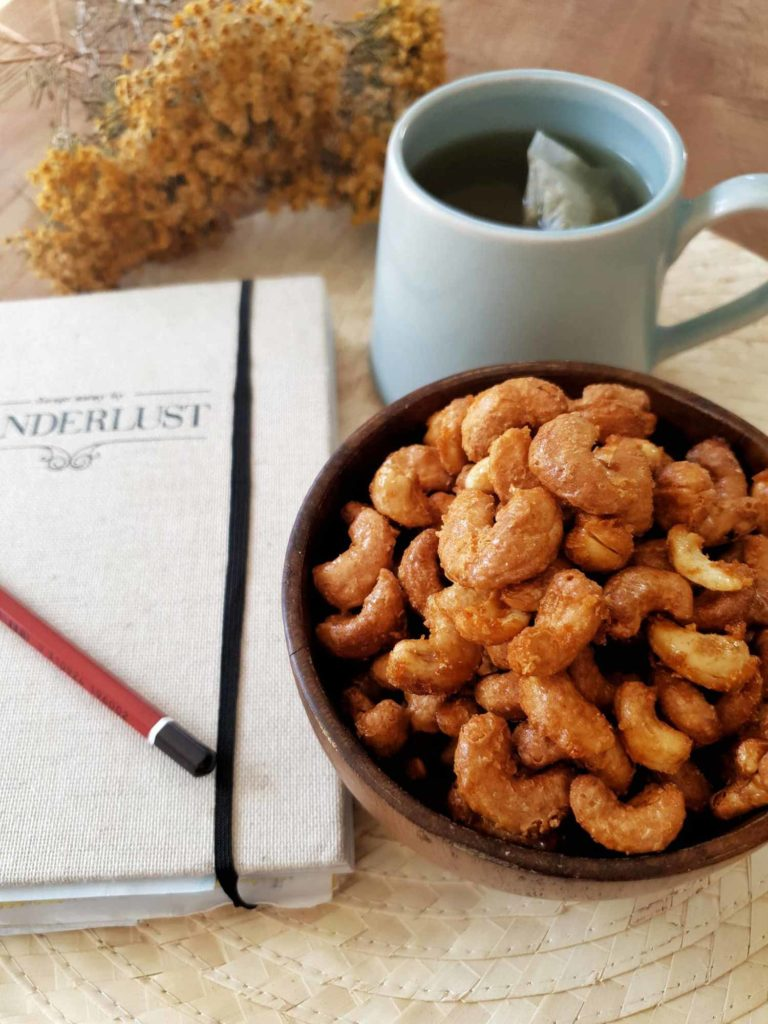 maple chilli cashews