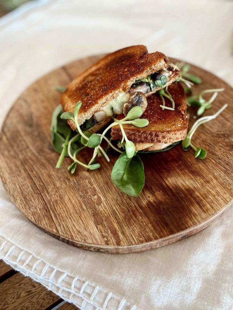 mushroom-toastie
