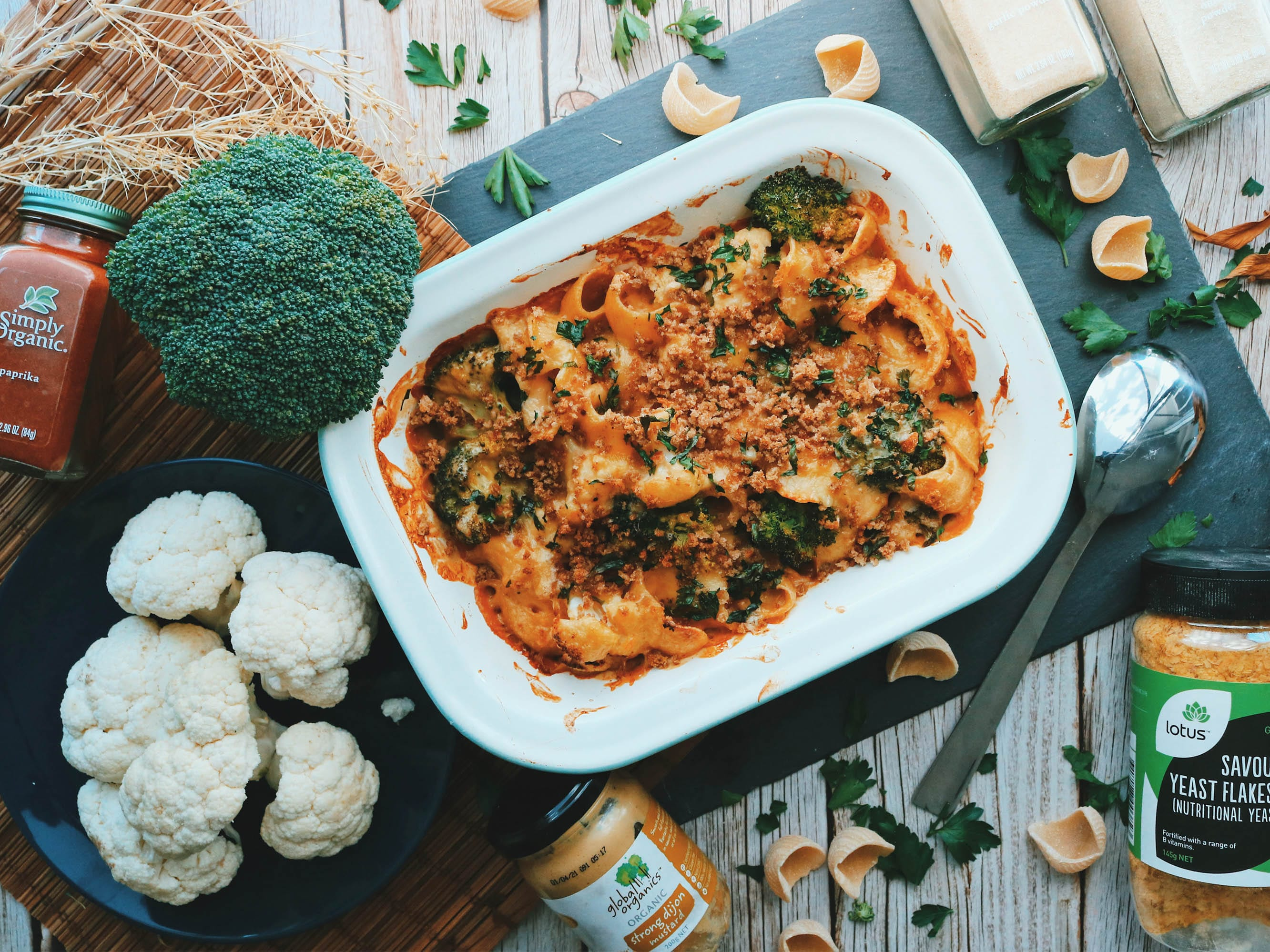 Cauli & broccoli pasta bake