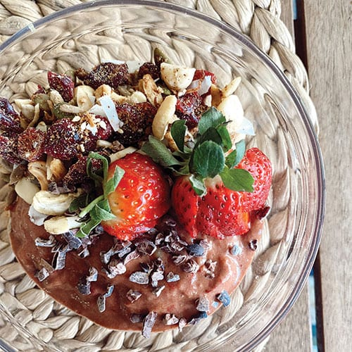 Cacao Strawberry Smoothie Bowl